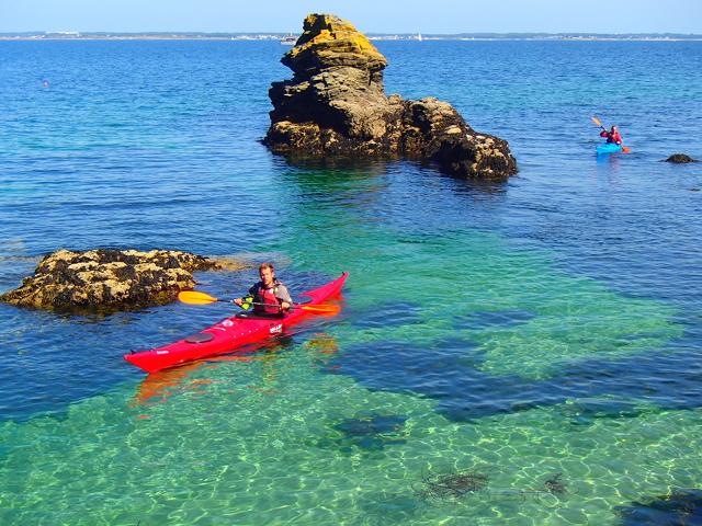 Arrivée à l'île de Groix en kayak de mer
